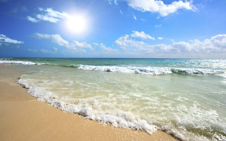 Пляж отеля Welcome Summer
